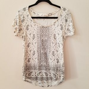 Lucky Brand   scoop neck t shirt size medium